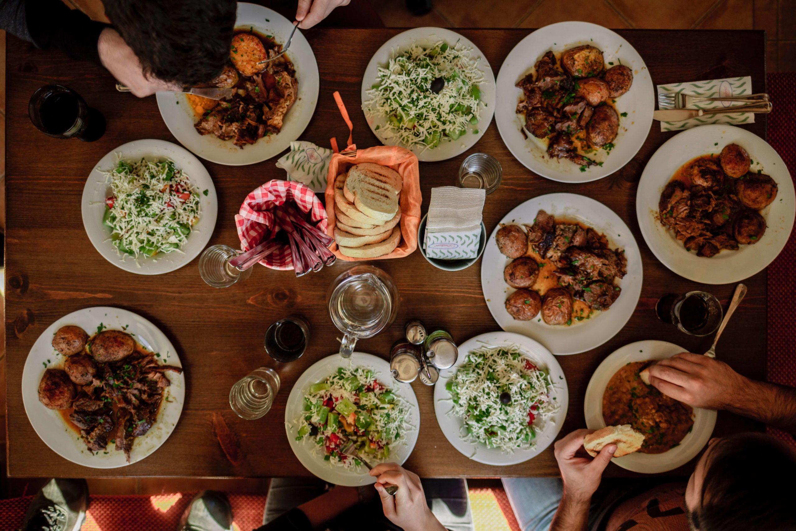 diner en famille et plaisir d'apprendre et échanger